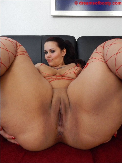 muscle shemale lesbian porn