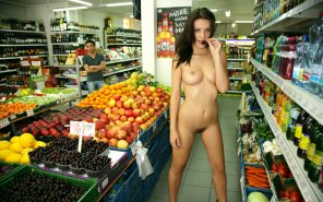 amateur photo Just grocery shopping...
