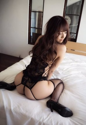 amateur photo Booty asian babe