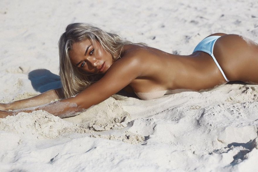 Michaela Wain Porn Photo
