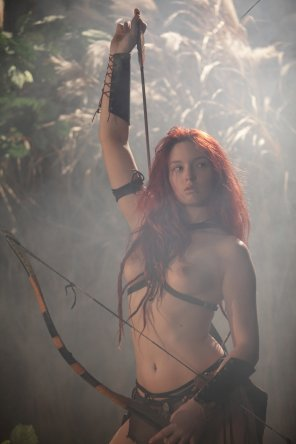 amateur photo Topless archer