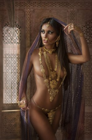 amateur photo Exotic Indian princess.