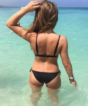 amateur photo Ass in the water