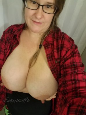 amateur photo Trying out my new shirt. What do you think?