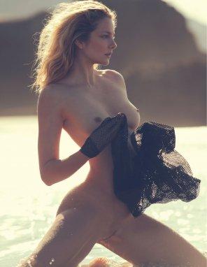 Lea götz nude