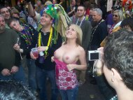 amateur photo Flashing at Mardi Gras