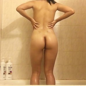 amateur photo I can't seem to reach my back, can someone help me lather up?