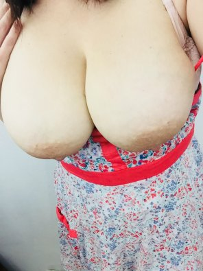 amateur photo Sundress season! Let the boobs hang out! [oc]