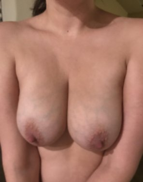 amateur photo 35[f] some Monday morning titties