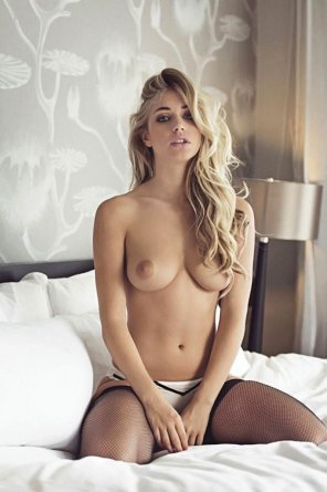 amateur photo Blonde in bed