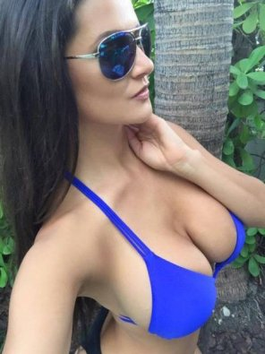 amateur photo Blue Bikini Top