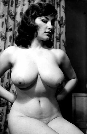 amateur photo Old School Curvy