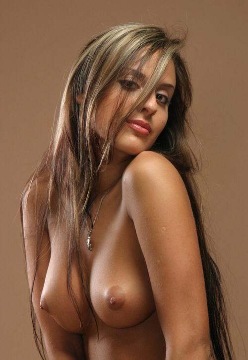 Chrissy teigen naked pics