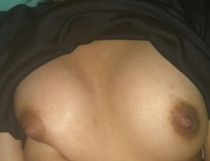 amateur photo Quick booby flash before bed