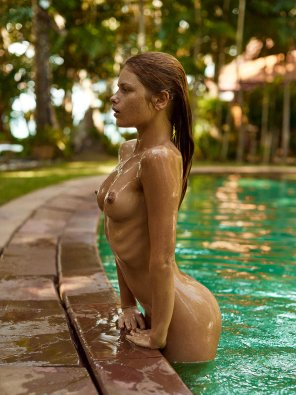 amateur photo Getting out of the pool