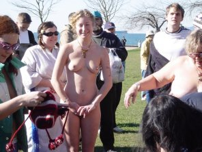 amateur photo Naked at the park