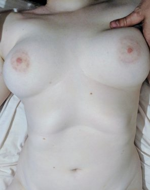 amateur photo PaleandNaughty pale boobs