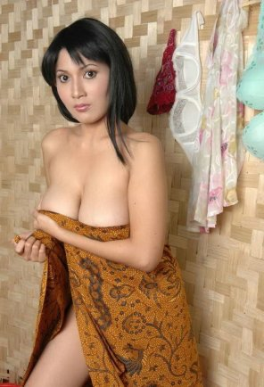 amateur photo South East Asian Juiciness