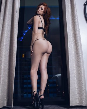 amateur photo Redhead with an amazing ass