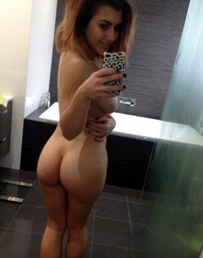 amateur photo Ass selfie