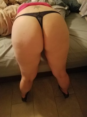 amateur photo Thong & heels! [F]