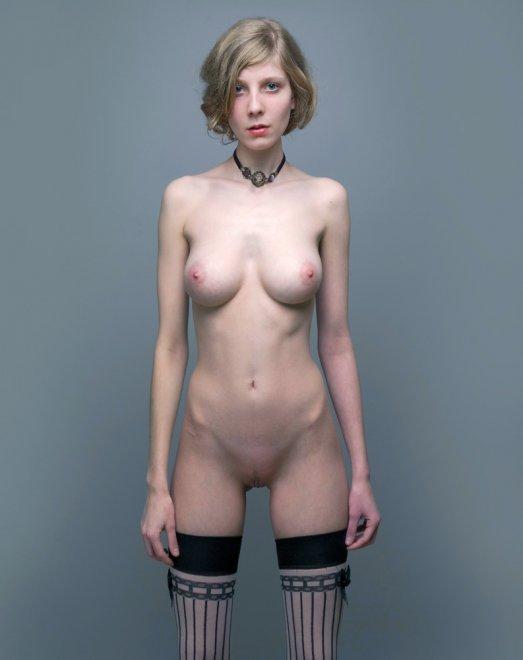 Skinny blonde Porn Photo