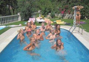 amateur photo Pool party