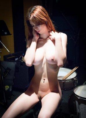 amateur photo Drummer girl