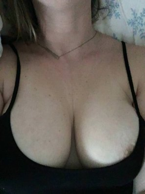 amateur photo IMAGE[image] Phenomenal tits. Help me convince her to share more.