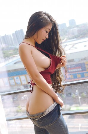 amateur photo Asian goddess