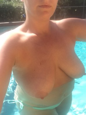 amateur photo Another busty amateur.