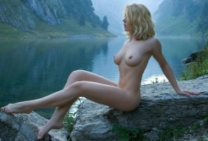 amateur photo Beautiful setting...beautiful boobs
