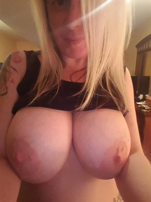 amateur photo big tits on such a small girl