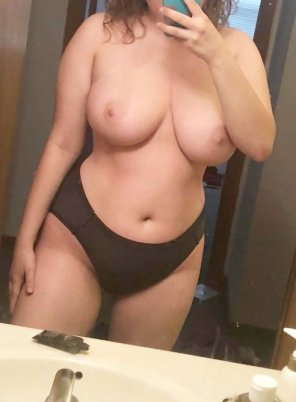 amateur photo Big tits are alone and want some fun this weekend :) S N aP - sheiladyer3