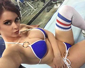 amateur photo Emily Addison will knock you out of the boxing ring