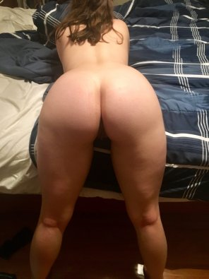 amateur photo My pale ass for you 😘🍑