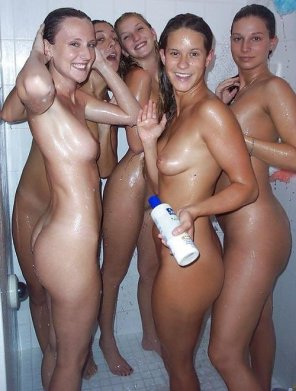 amateur photo do you want to join our shower?