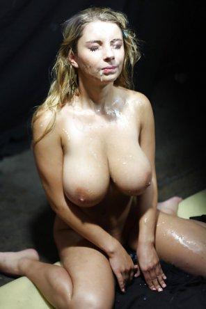 amateur photo Big tited Katerina Hartlova after bukkake