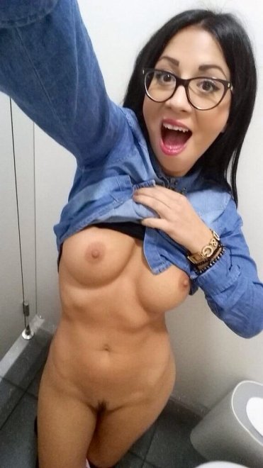 Cutie with glasses Porn Photo