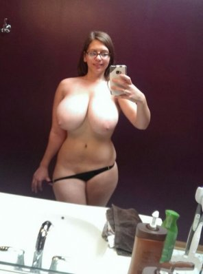 amateur photo top heavy thickness