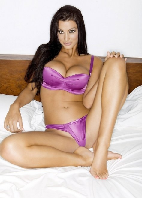 Alice Goodwin Porn Photo