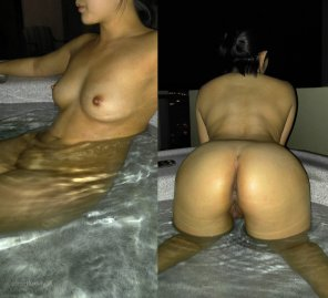 amateur photo The best way to hot tub [F]