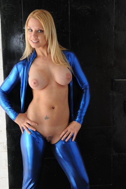 Blue latex Porn Photo