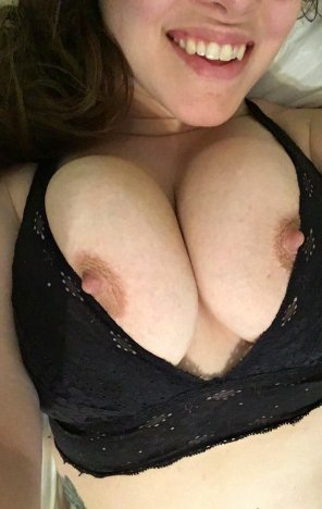 amateur photo Big smile and tits out ;)