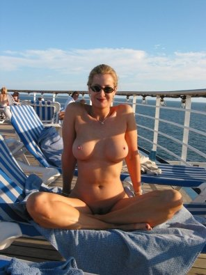 amateur photo Naked on a cruise ship