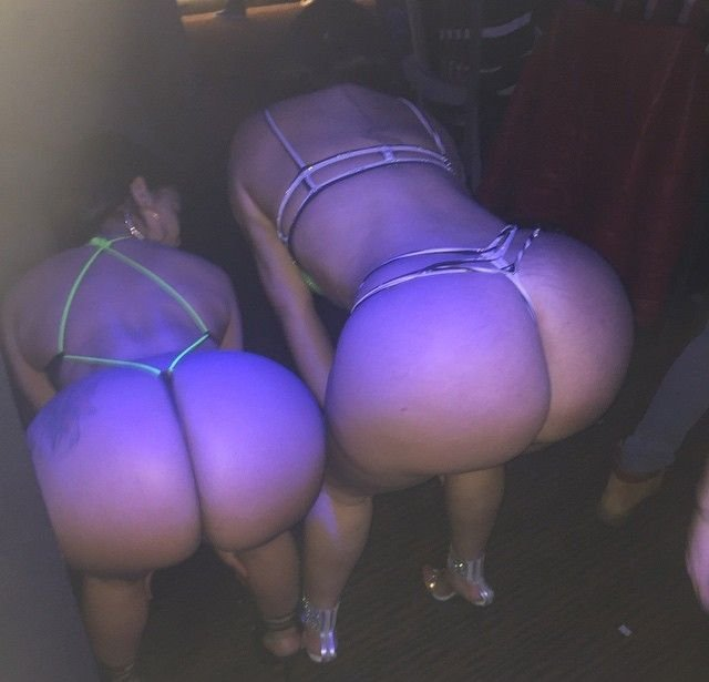 Big asses in thong Porn Photo