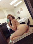 amateur photo Nice ass in that mirror