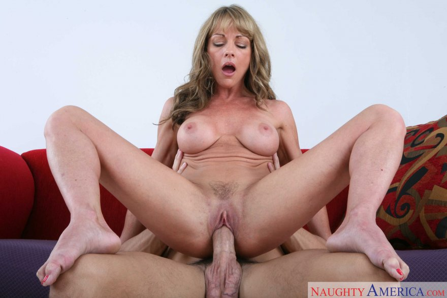 Shayla LaVeaux & Mikey Butders: Seduced by a Cougar Porn Photo