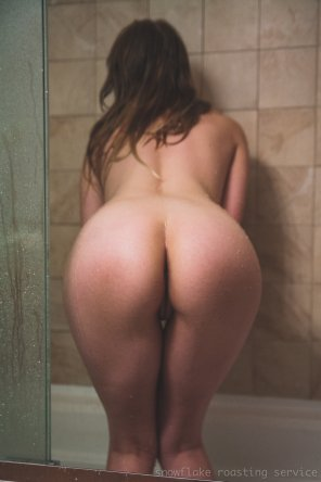amateur photo Shower butt [OC]