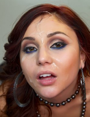 amateur photo Ariana Marie perfect eyeliner...and other stuff